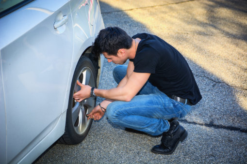 what-to-do-when-you-have-a-flat-tire